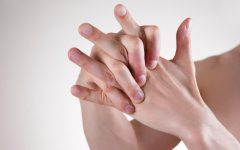 Can Knuckle Cracking Actually Cause Arthritis?