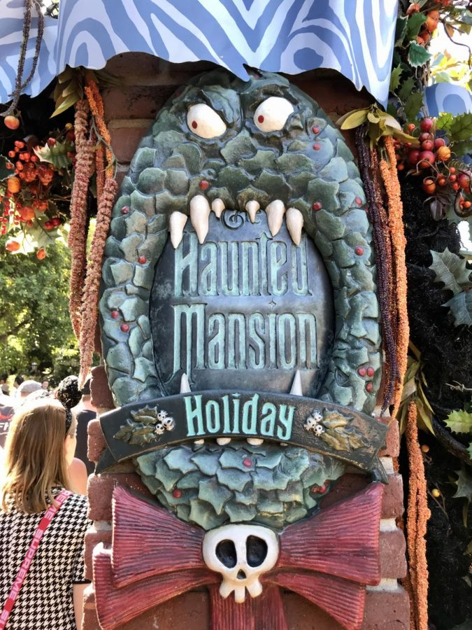 Halloween Time at Disneyland, Disney's California Adventure, and Star Wars: Galaxy's Edge: What to do, see, and eat!