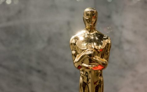 [Courtesy: Libreshot] A picture of an Oscar statuette.