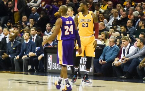 [Courtesy: Wikimedia Commons] LeBron James and Kobe Bryant at a Cleveland vs. Lakers match in 2016.