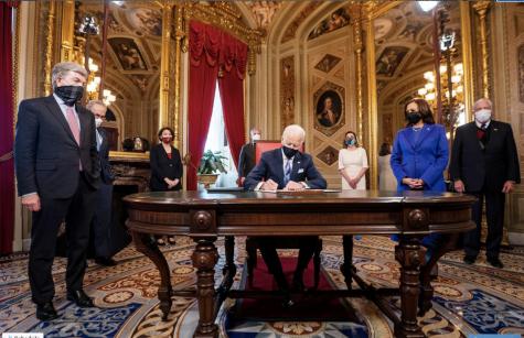 Biden signs flurry of executive orders, undoing Trump-era policies